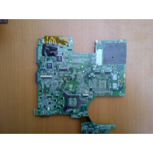 Placa de baza defecta Packard Bell B.V.