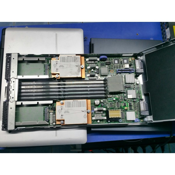 Blade Center IBM HS22 -CTO 49Y5118