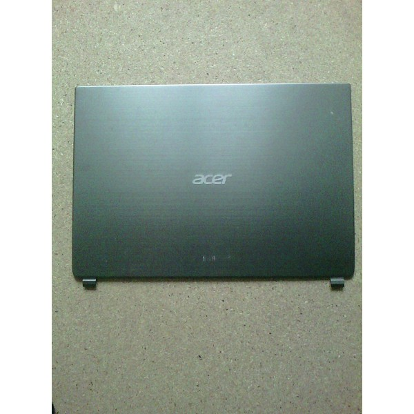 Capac LCD Acer Aspire M5
